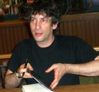 CIMG0794 Neil Gaiman signs autographs at Book People in Austin in 2005